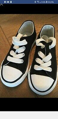 Girls  Canvas Trainers  Size 7 Immaculate Condition Black And White Lace Ups