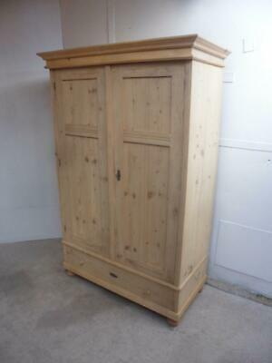A Lined Deep Antique/Old Pine 2 Door Large Knockdown Wardrobe to Wax/Paint