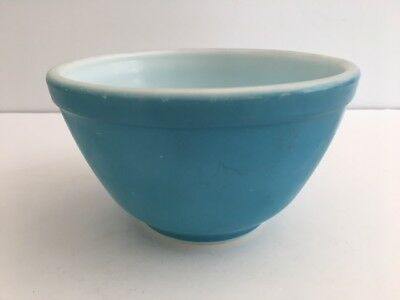 Pyrex Blue 401 Mixing Bowl Ovenware 1.5 pints Turquoise made in USA Aqua