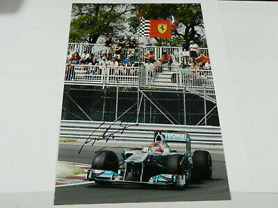 F1 MICHAEL SCHUMACHER  HAND SIGNED IN PERSON picture 10