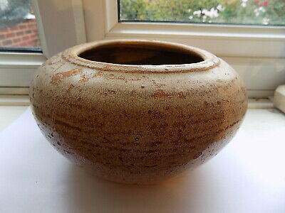 GOOD EARLY ANTIQUE CHINESE SONG DYNASTY LIGHT GLAZED BOWL 18.75 cm DIAMETER