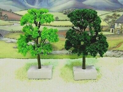 PACK of  6  MODEL TREES (Mixed Green ) for  Railway / Scenery 1/76 / OO ( New )