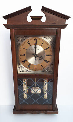 THE LONDON CLOCK COMPANY Oak Case Battery Movement Wall Clock