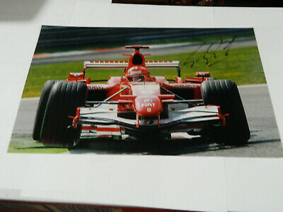 F1 MICHAEL SCHUMACHER  HAND SIGNED IN PERSON picture 7