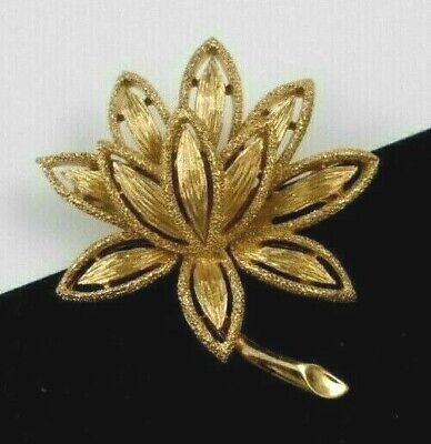 Beautiful Avon Precious Pretenders Pin Brooch Floral Filigree Gold-Washed
