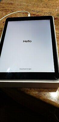 "Apple iPad Air 2 9.7"" 64GB, Wi-Fi, 9.7in - Space Gray (MGKL2LL/A) Used"