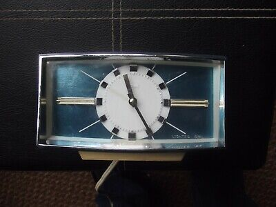 Metamec bedside alarm clock, 240v power. Lovely Art Deco retro dial