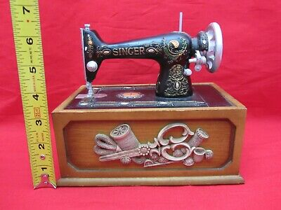 Vintage Replica Antique Singer Sewing Machine Sewing Kit In Wooden Wood Box