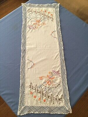 Vintage Handmade Table Runner Old Fashion Umbrella Girl Embroidered Crochet
