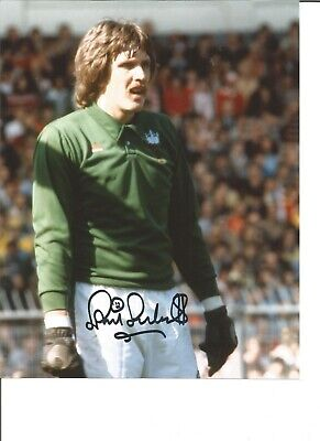 Phil Parkes 10x8 Signed Colour Photo Pictured In Action For West Ham Utd JM76