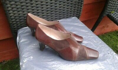 Ladies Brown Suede/Leather Slip On Shoes By Lotus Size 7
