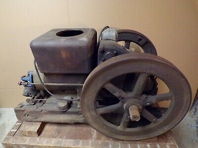 Antique Fairbanks Morse Model Z  Gas Engine 3 H.P. Stationary / Hit Miss Style
