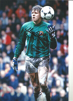 Nigel Spink Aston Villa 12 x 8 inch hand signed authentic football photo SS053