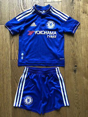kids chelsea football kit 5-6 (comes Up Small, More like 4-5)
