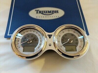 Triumph thruxton 1200 speedo clocks instruments gauge cluster tacho clock