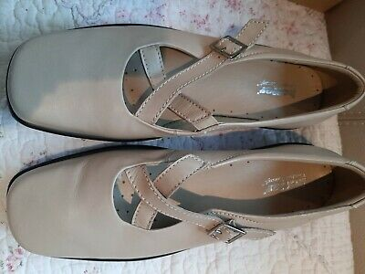 HOTTER COMFORT CONCEPT  SAND Soft Leather Shoes  Elasticated  Straps size 7 NEW