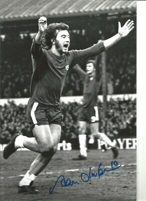 Alan Hudson Chelsea 12 x 8 inch hand signed authentic football photo SS080D