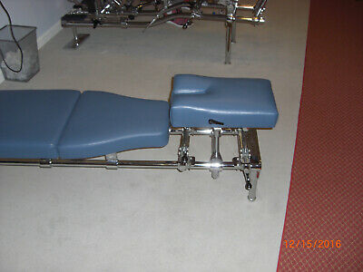 chiropractic toggle table - Zenith Classic.-  NEW upholstery