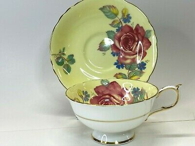 PARAGON Fine Bone China Teacup & Saucer Yellow w/ Roses Guilded