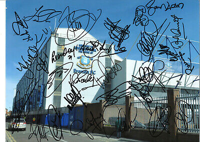 Everton Football Club Signed 16 x 12 inch hand signed authentic photo SS122F
