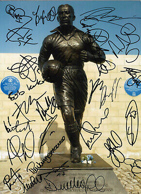 Everton Football Legends Signed 16 x 12 inch hand signed authentic photo SS122J