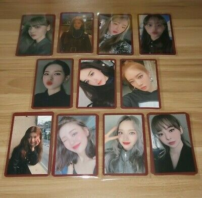 LOONA # HASH MMT Exclusive Photocard