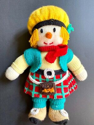 Hand Knitted Scottish Man with Kilt, Sporran and Tam 'o Shanter