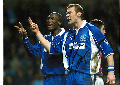 Duncan Ferguson Everton 16 x 12 inch hand signed authentic football photo SS174D
