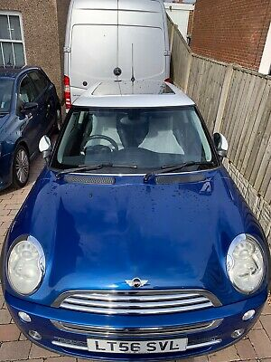 Mini Cooper - Mini Miles-Mega Specification. 38155 Only. Ex demo, One Owner
