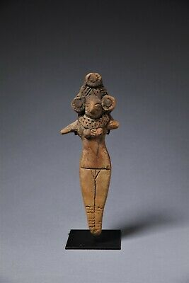 Terracotta figure from Indus valley, Charsadda, -300 BCE