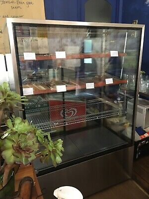 Display Fridge - Large Reliable. Suit Cafe Lunch Bar