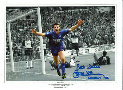 Steve Walsh Leicester City 16x12 inch hand signed authentic football photo SS252