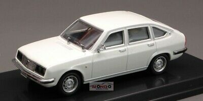 LANCIA BETA 1800 LX  BERLINA STRADALE BLUE PEGO PG1027 1//43 DIE CAST MODEL 1972