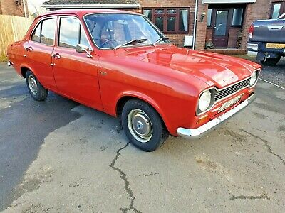 Ford escort mk1 1300L 1974 only 18900 miles from new doctor owned original car !