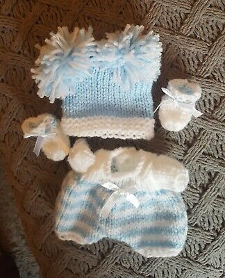 hand knitted dolls clothes to fit 6/7 inch doll