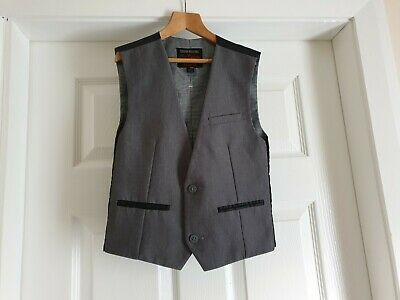 """Vest """" Next"""" Grey Black Age: 8 Years,Height 128 cm New Without Tags"""