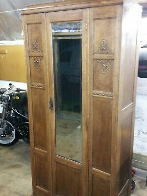 Oak Hall Mirrored Wardrobe Traditional Styling 1940Ties Pottersbar