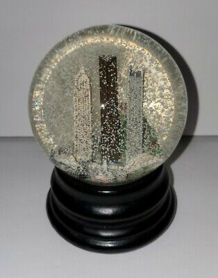 Pittsburgh Pennsylvania Musical Snow Globe Saks Fifth Avenue Retired