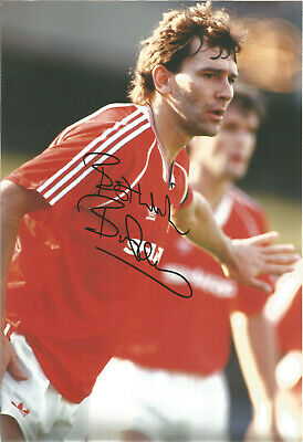 Bryan Robson Manchester United signed authentic 12x8 football photograph SS534I