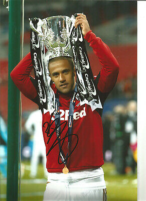 Wayne Routledge Swansea hand signed 12 x 8 authentic football photograph SS586