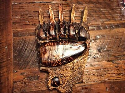 wood carving Bear Claw