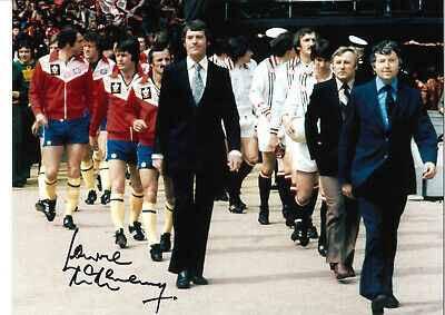 Lawrie McMenemy Southampton signed 16 x 12 authentic football photograph SS602