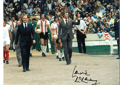 Lawrie McMenemy Southampton signed 16 x 12 authentic football photograph SS602A