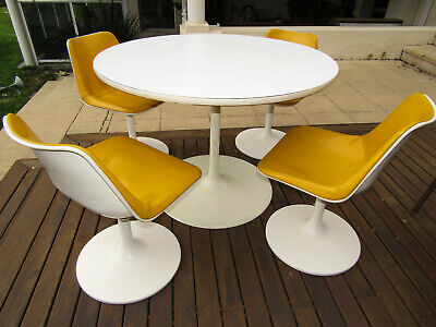 VINTAGE 1960's / ART DECO ROBIN DAY HILLE SWIVEL DINING TABLE & 4 YELLOW CHAIRS