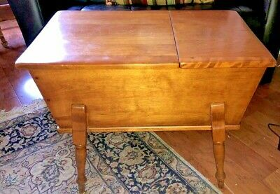 "Cushman Colonial Solid Maple Lift Top Dough Box Table 28"" x 18"" x 22"""