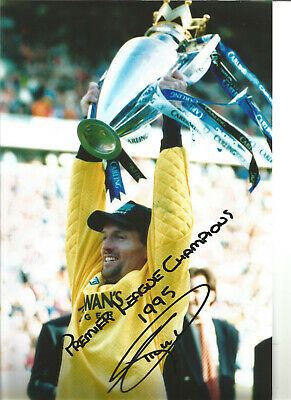 Tim Flowers Blackburn Rovers Signed 12 x 8 authentic football photograph SS721