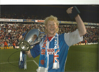 Colin Hendry Blackburn Rovers Signed 12 x 8 authentic football photograph SS722C
