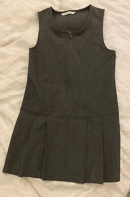 M&S Girls Grey Pleated School Pinafore Dress – Age 5-6 Years