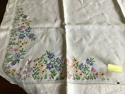 Cream Linen Embroidered Suppercloth Repurpose?