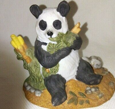 Royal Heritage Collectors Edition Giant Panda Endangered Species w/Certificate